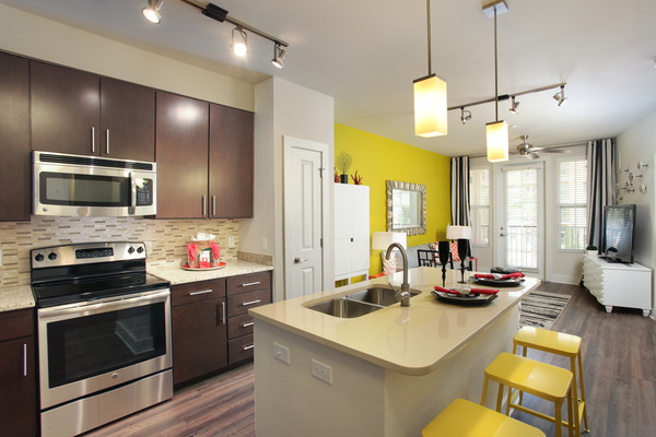 CBG builds Post Soho Square, a 231-Unit Mixed-Use Luxury Apartment Community in Tampa, FL - Image #6
