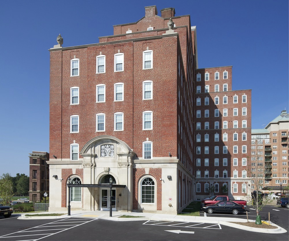 CBG builds Varsity on Charles, a 327-Bed, 12-Story Renovated Student Housing Community in Baltimore, MD