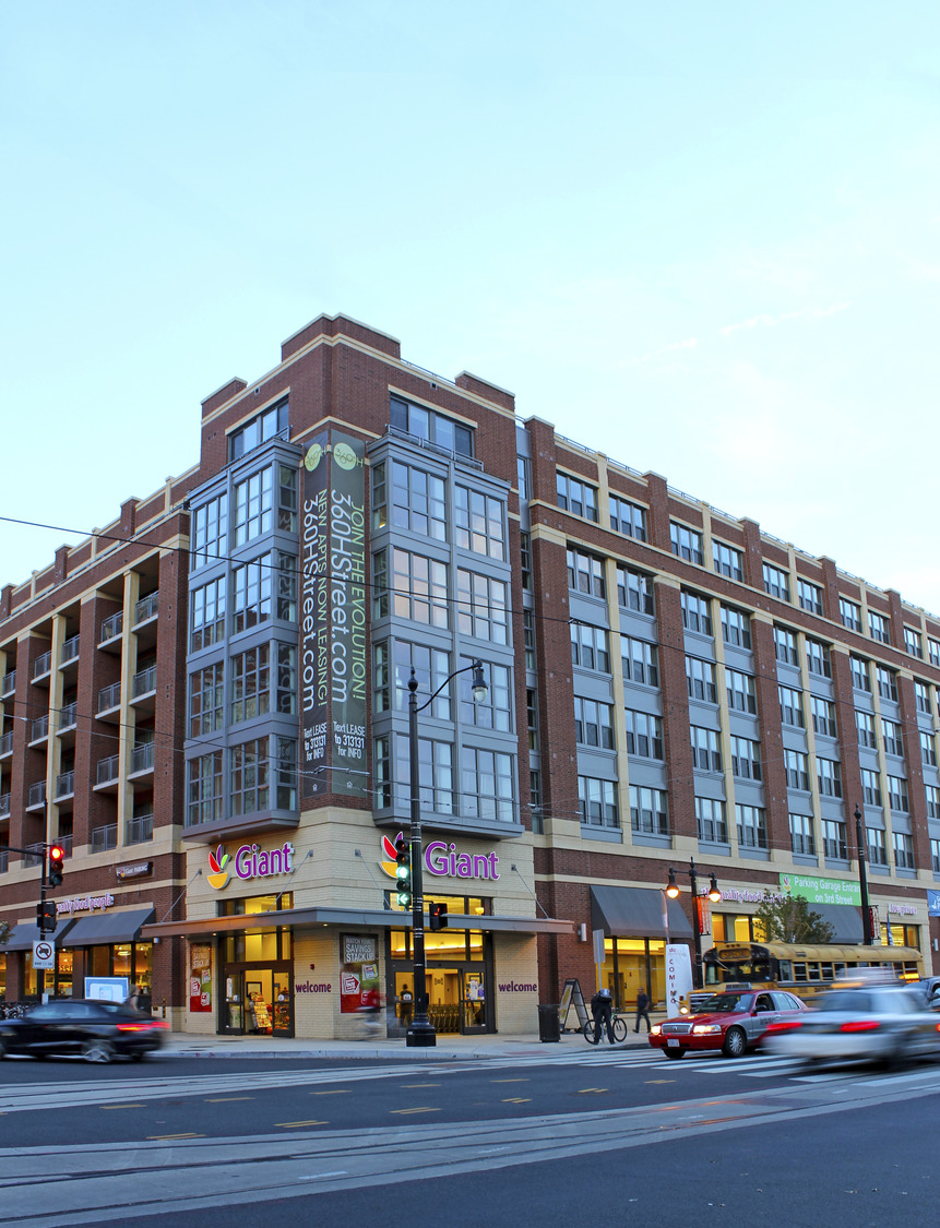 CBG builds 360° H Street, a 215-Unit LEED® Silver Mixed-Use Community with Grocery in Washington, DC - Image #5