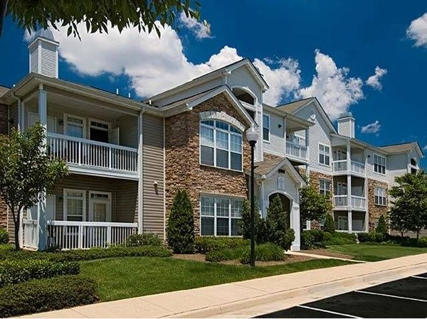 CBG builds Archstone Woodland Park, a 392 Class A Apartments in Herndon, VA - Image #3