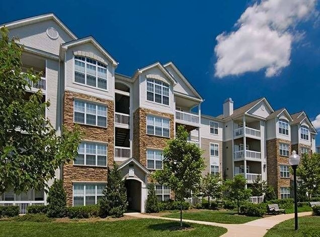 CBG builds Archstone Woodland Park, a 392 Class A Apartments in Herndon, VA - Image #1