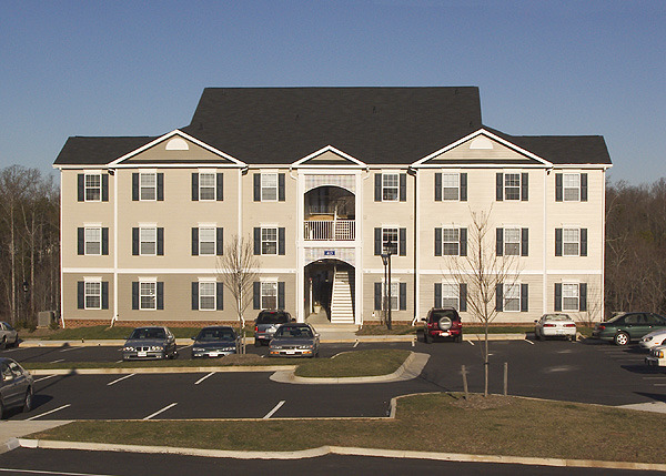 CBG builds Sunchase at Longwood, a 560-Bed, 140-Unit Student Housing Community in Farmville, VA - Image #3