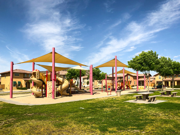CBG builds The Villages at Fort Irwin, a 807 New Military Homes and 200 Senior Unaccompanied Housing Units in Fort Irwin, CA - Image #4