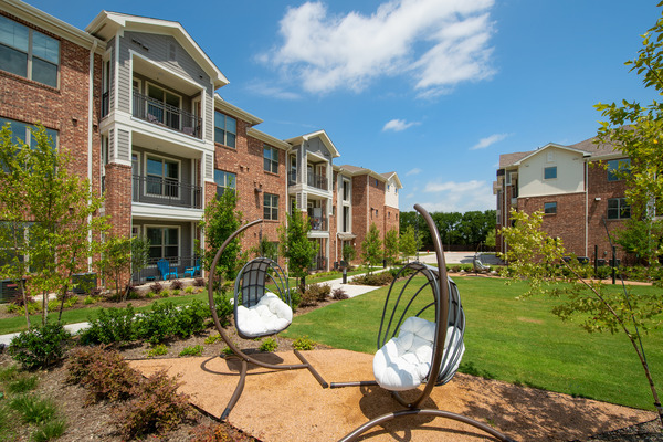 CBG builds Copper Ridge Phase III, a Three-Story, 168-Unit Apartment Community Across Eight Buildings in Roanoke, TX - Image #6