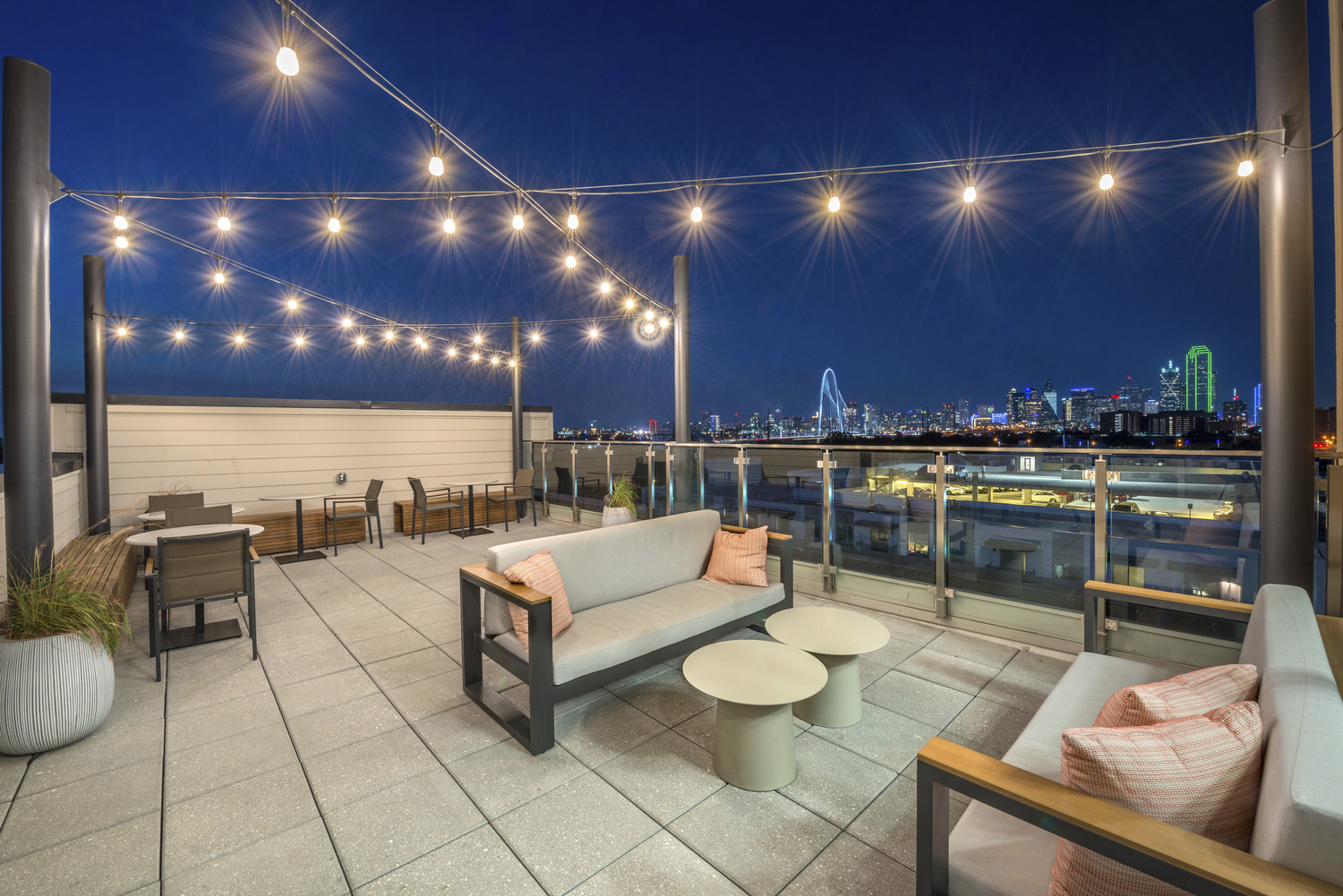 CBG builds The Westerly, a Seven-Story Luxury Community with Rooftop Skydeck in Dallas, TX - Image #8