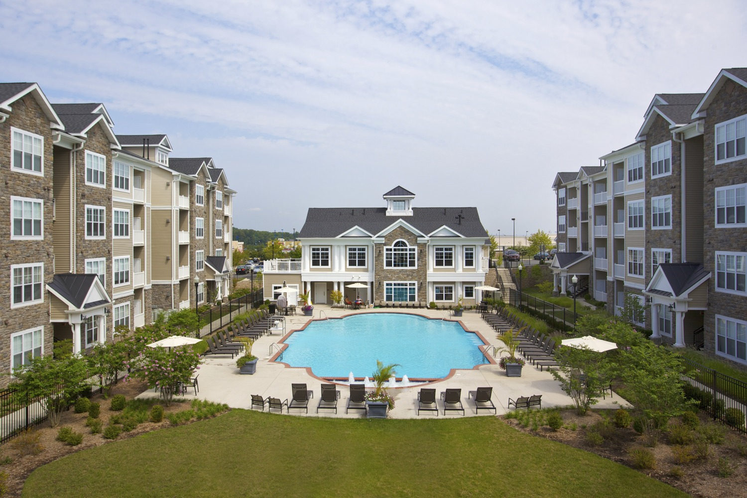 CBG builds The Elms at Stoney Run Village, a 390 Apartment Homes in Hanover, MD