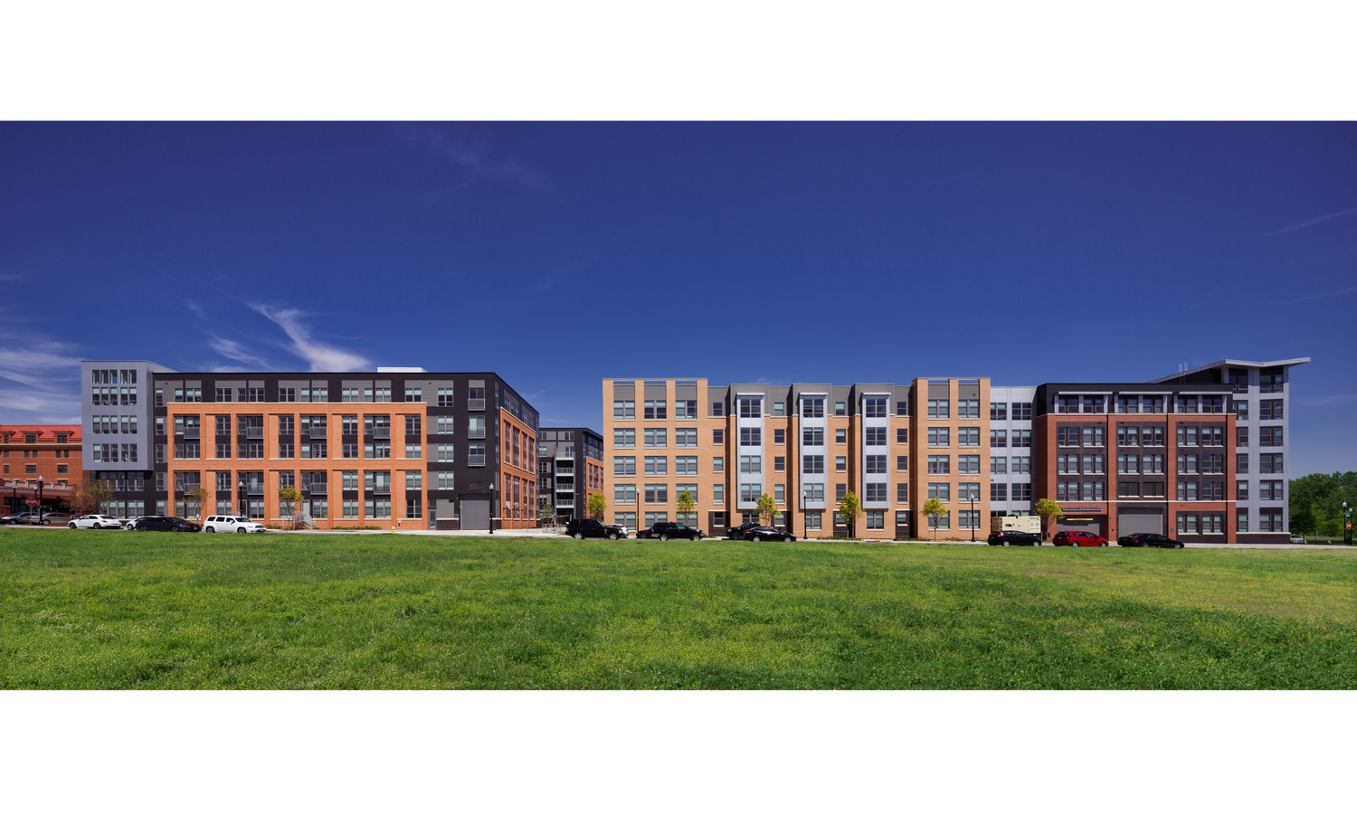CBG builds Avalon Potomac Yard, a 331-Unit Luxury Apartment Community in Two Buildings Over a Shared Below-Grade Garage in Alexandria, VA - Image #3