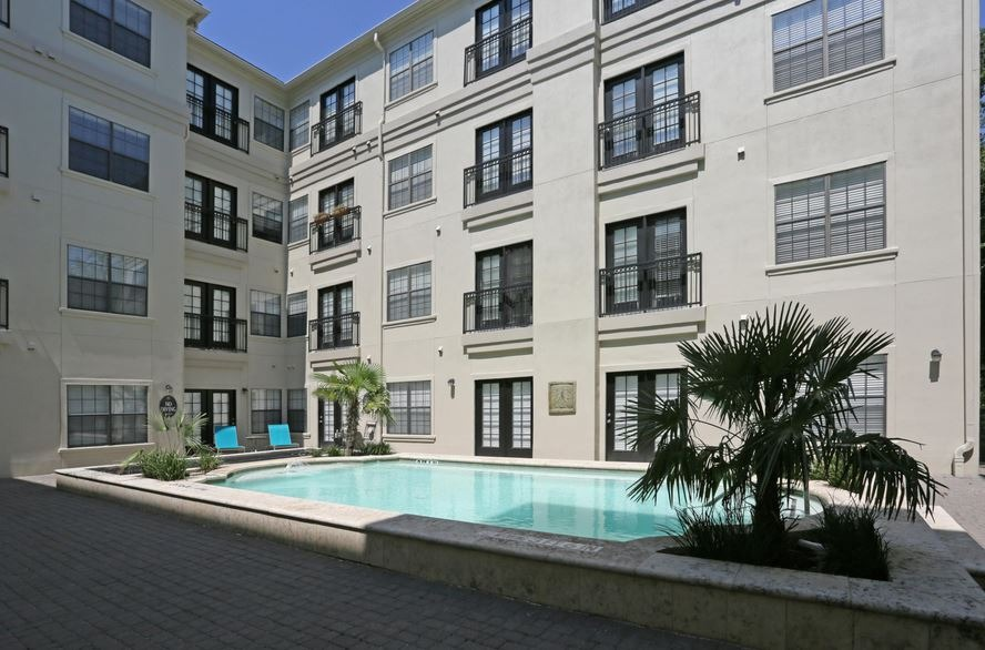 CBG builds Vines at Turtle Creek, a 98 Luxury Apartments Over Structured Parking in Dallas, TX - Image #4