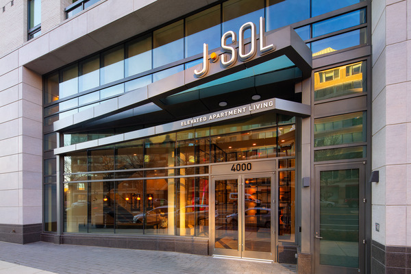 CBG builds J Sol, a 22-Story LEED® Gold Luxury Residential High-Rise in Arlington, VA - Image #1