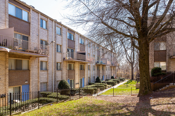 CBG builds Rockburne Estates, a 224 Rehabilitated Apartments in Washington, DC - Image #2