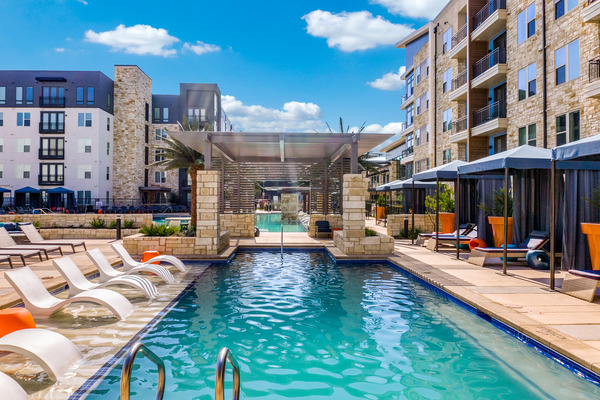CBG builds Vitruvian West Phase II, a 366-Unit LEED® Silver Apartment Community with Parking Garage in Addison, TX - Image #4