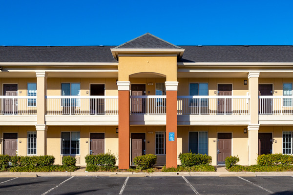 CBG builds Extended Stay America at Merrifield, a 133-Unit Extended Stay Hotel in Fairfax, VA - Image #2