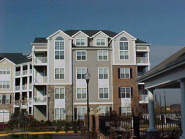 CBG builds Remington at Dulles Town Center, a 406 Market-Rate Apartments in Sterling, VA - Image #2