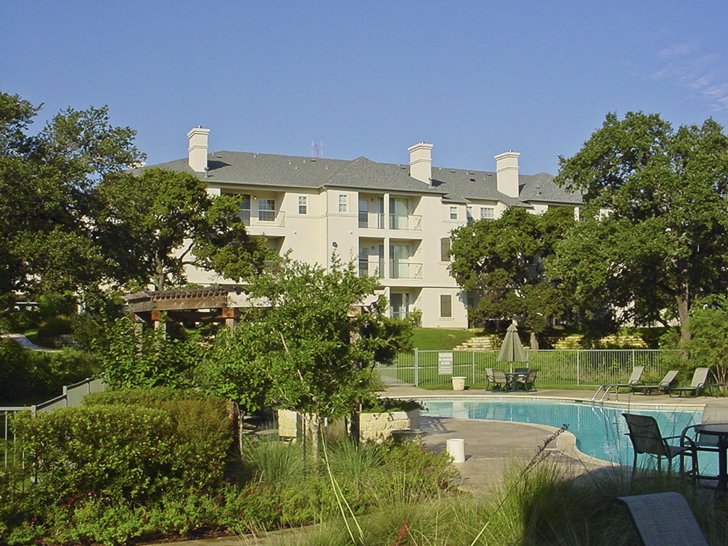 CBG builds Riverlodge Phase I, a 345 Class A Apartments in Austin, TX