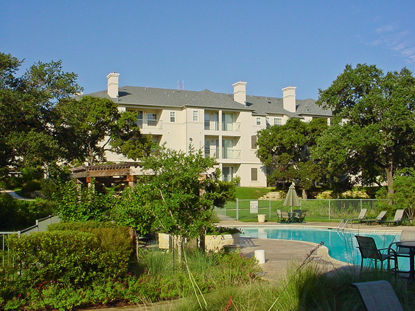 CBG builds Riverlodge Phase I, a 345 Class A Apartments in Austin, TX - Image #1