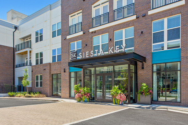 CBG builds Bell Shady Grove, a 315-Unit Mixed-Use Community with Amenities in Rockville, MD - Image #11