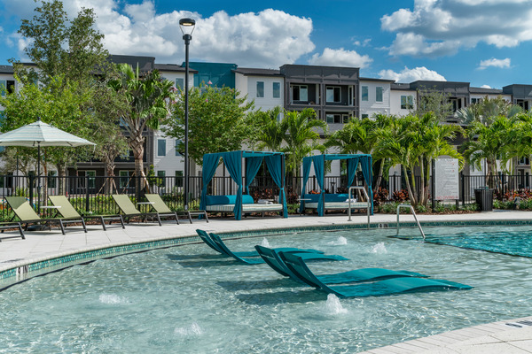 CBG builds The Avli at Crosstown Center, a Multi-Building Luxury Garden-Style Community with Clubhouse in Brandon, FL - Image #6