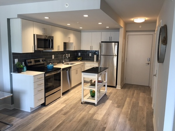 CBG builds Varsity on K, a 12-Story Renovated Student Housing Community with Underground Parking in Washington, DC - Image #2