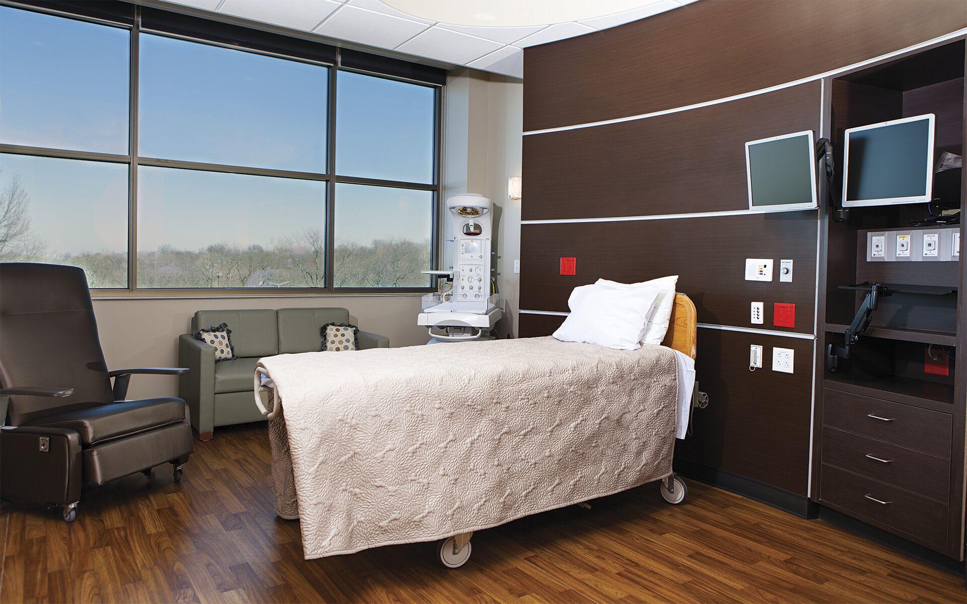 Birth Center - AdventHealth Shawnee Mission