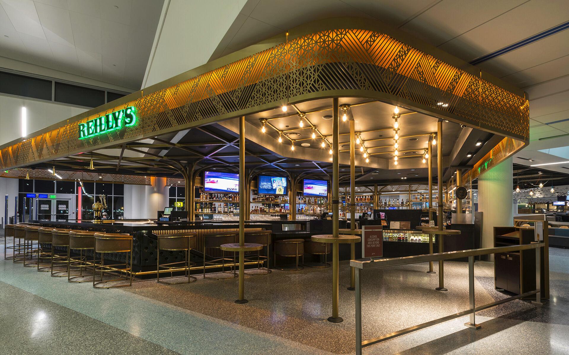 Terminal 1 Multiple Restaurants - Los Angeles International Airport