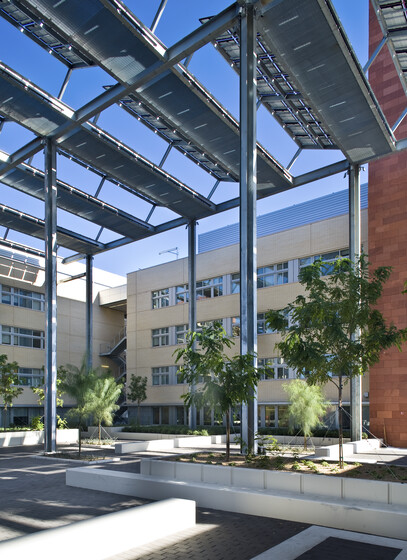Greenspun College of Urban Affairs, UNLV slider image