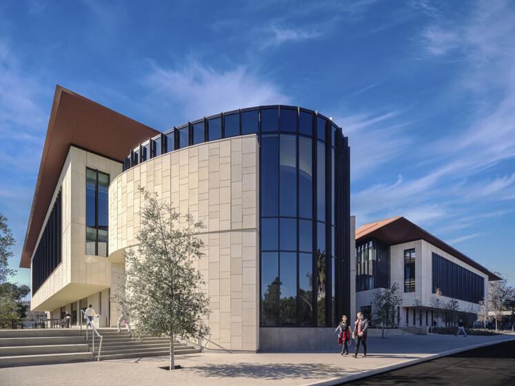 Stanford University ChEM-H / SNI Building slider image