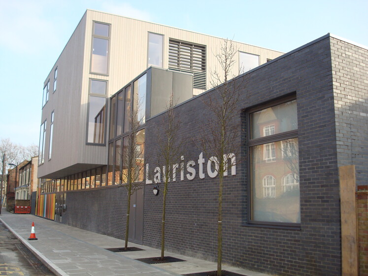 Lauriston School slider image