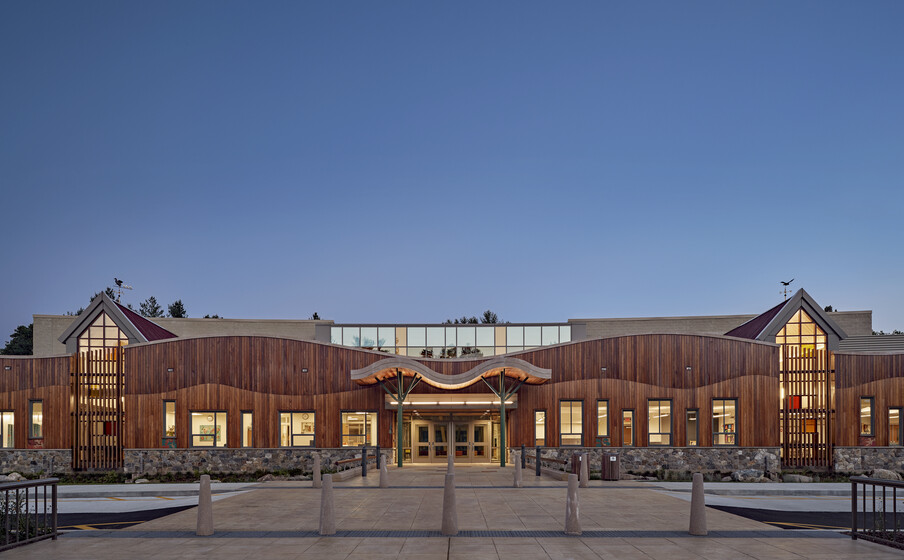 New Sandy Hook Elementary School slider image