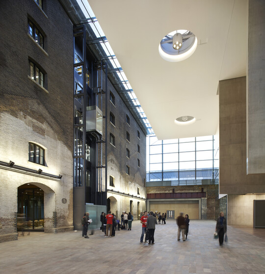 University of the Arts London slider image