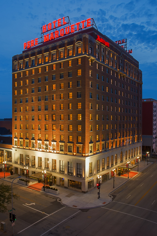 Pere Marquette and Courtyard by Marriott Hotels